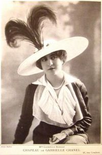 Gabrielle Dorziat modelling a Chanel hat, May 1912. Published in Les Modes.