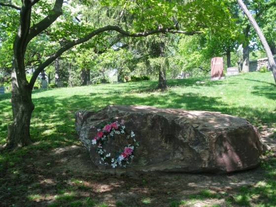 Erma Bombeck was buried at the Woodland Cemetery under a 29,000 pound unmarked boulder from the Arizona desert.